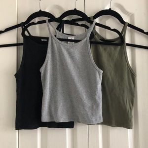 Halter neck crop top x3